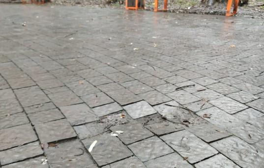 Новенький тротуар у Львові гірше за старий – наслідки ремонту