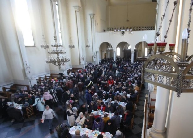 A festive meal for the poor was held in Lviv