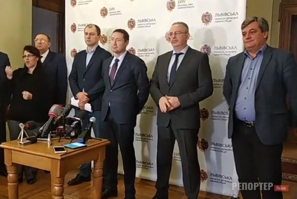Інфікованих коронавірусом на Львівщині лікарі чекатимуть в інфекційній лікарні - Фото